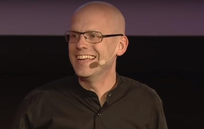 Conference Speaker Andreas Ekström - By Promotivate Speaker Agency