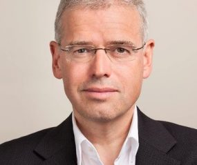 Holger Schmidt, Digital Economist and Conference Speaker by ProMotivate Speakers Agency