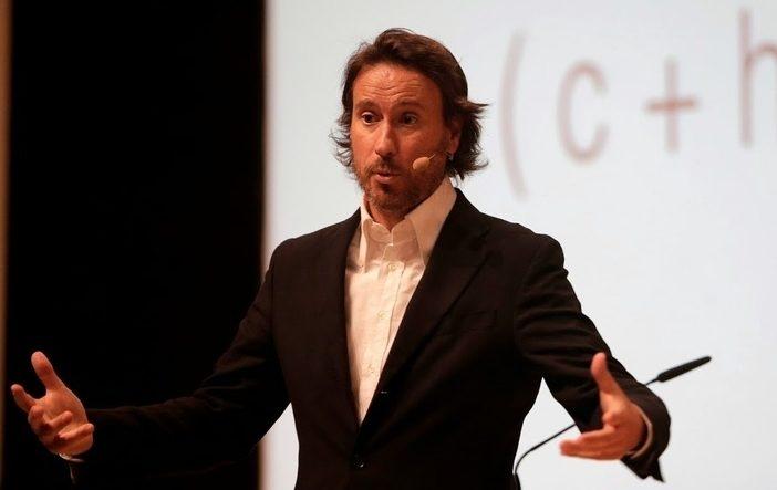 Conference Speaker Victor Küppers - By Promotivate Speaker Agency